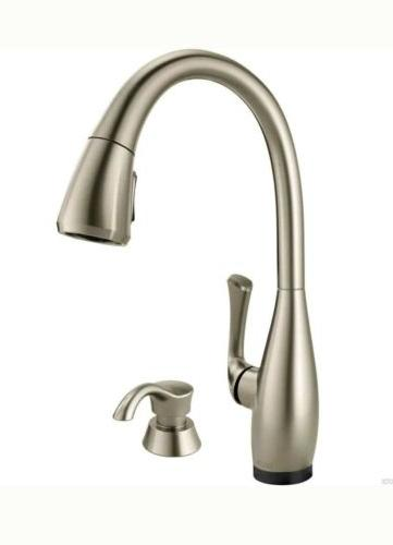 Delta Dominic 19940TZ-SPSD-DST Touch2O Stainless Kitchen Fau