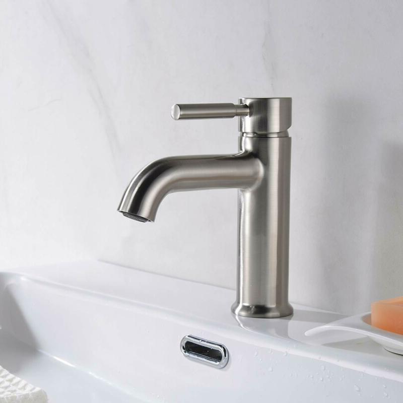 Avola Single Handle Sink Faucet Solid Solid
